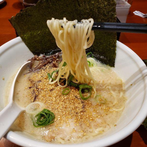 「白丸ラーメン+のり」@TOKYO豚骨BASE Dila大船店の写真