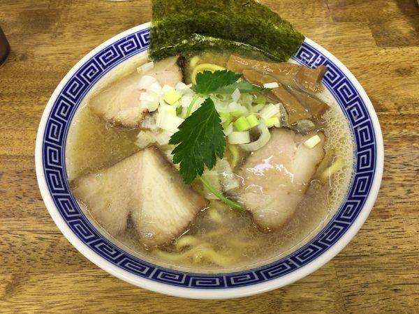 「【限定】平打ち塩らぁ麺 790円」@中華蕎麦 丸め 東久留米店の写真