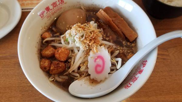 「黒にんにくペッパーラーメン」@松本餃子食堂の写真