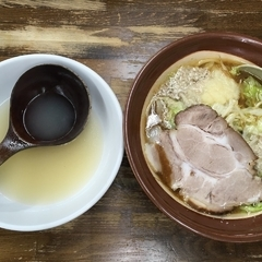 ラーメン 東横 笹口店の写真