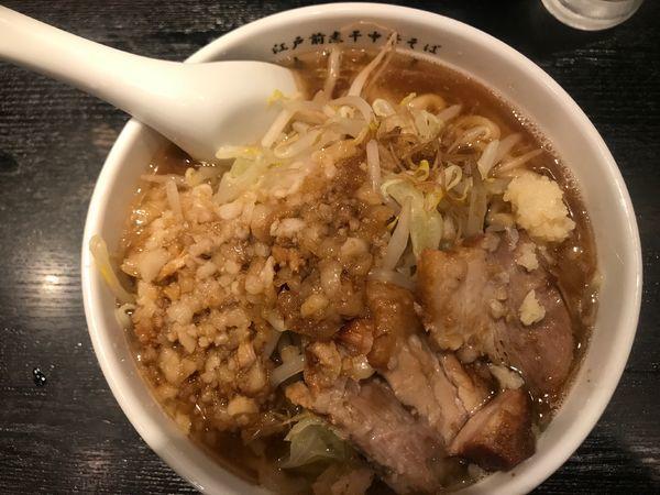 「限定煮干し豚骨豚ラーメン」@江戸前煮干中華そば きみはん 五反田店の写真