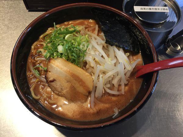 「マー油豚骨」@拉麺福徳 永山店の写真