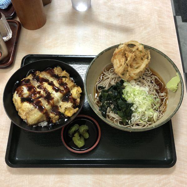 「穴子と茄子の天とじ丼セット」@名代 箱根そば 成城学園前店の写真