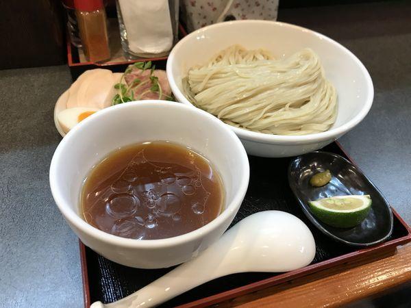 「淡麗冷ニボつけ麺【細麺ver】」@らぁ麺 幸跳の写真