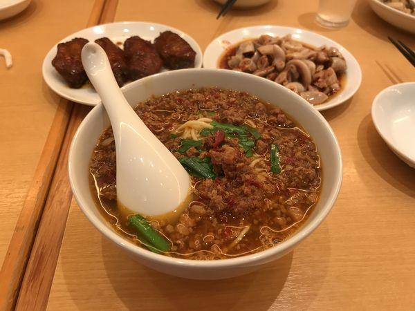「台湾ラーメン」@中国台湾料理 味仙 中部国際空港店の写真