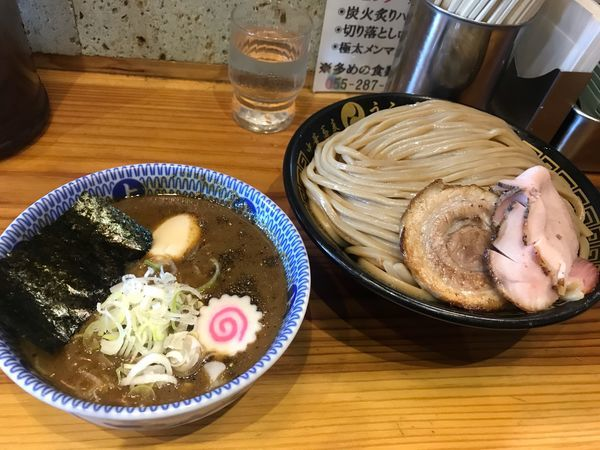「つけ麺(特盛り)」@中華蕎麦うゑずの写真