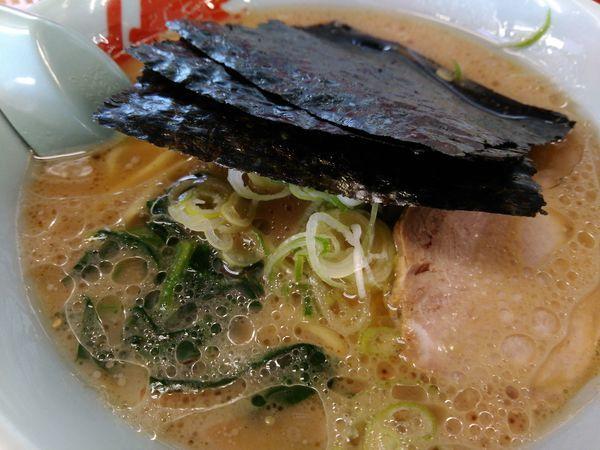 「醤油ラーメン」@ラーメン山岡家 土浦店の写真