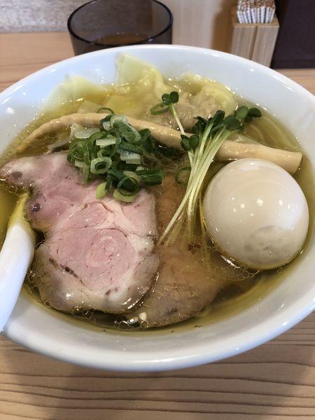 「味玉塩醤油ラーメン(並盛)¥950」@地鶏らーめん とりじの写真