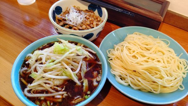 「つけそば麺大盛+野菜+チャーシュー丼ミニ」@つけそば 麺吉の写真
