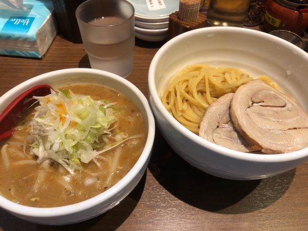 「濃厚味噌つけ麺+チャーシュー」@らーめん 蓮の写真