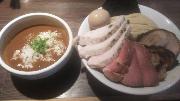 「特製サバカレーつけ麺特盛 トリプルミックス各2枚」@つけ麺 一燈の写真