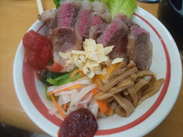 「手作り牛脂で和牛和え蕎麦 トマトを添えて S」@MENYA 食い味の道有楽の写真