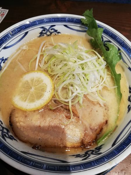 「鶏と鯛のだしそば」@無添加ラーメン専門 だしと麺の写真