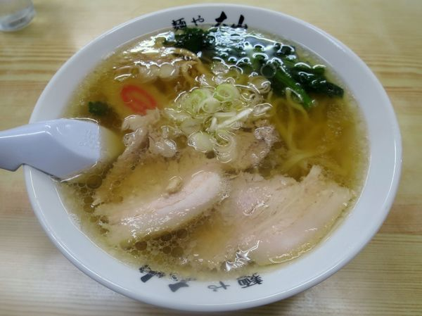 「らーめん 611円+税」@青竹手打ちラーメン 麺や大山の写真