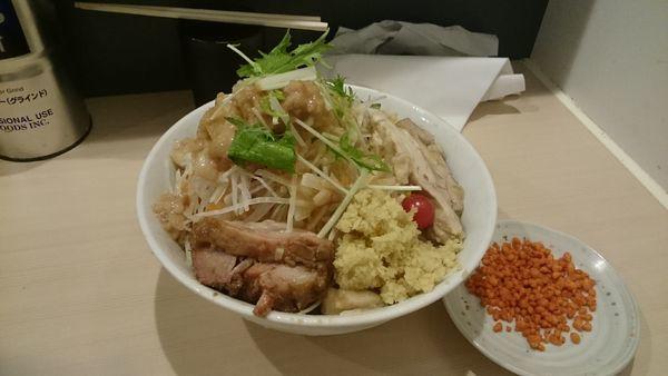 「冷やし中華・大・しょうが・豚1枚(アブラ辛揚げ別皿)」@鷹の目 蒲田店の写真