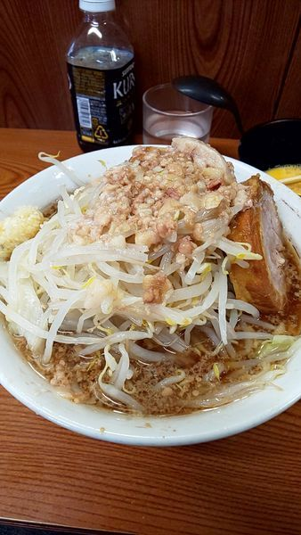 「ラーメン麺半分コール全部➕玉子」@ラーメン二郎 亀戸店の写真