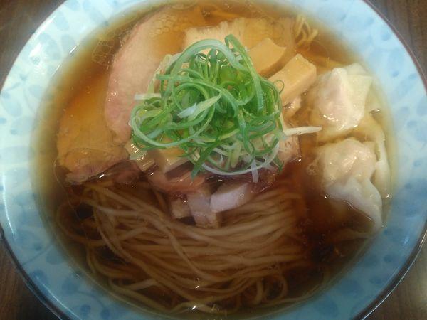 「地鶏ワンタン麺¥800+(オープン記念限定)ハマチ丼¥300」@寿製麺よしかわ 保谷店の写真