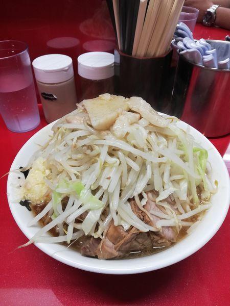 「小豚入り 850円」@ラーメン二郎 越谷店の写真