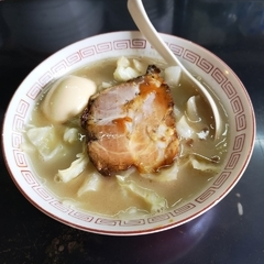 13湯麺の写真