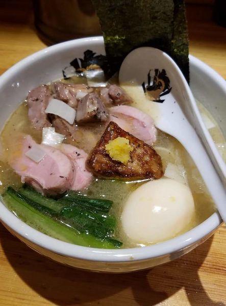 「特製鴨中華そば¥1100+フォアグラ¥250」@満鶏軒の写真