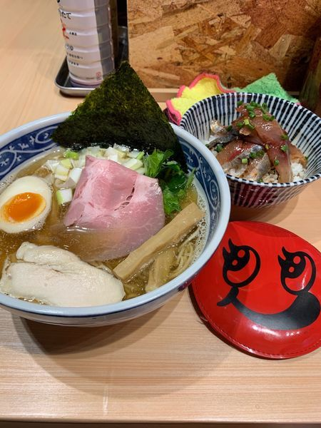 「白醤油煮干しそば」@寿製麺 よしかわ 西台駅前店の写真