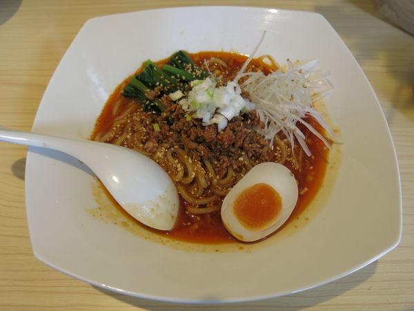 「汁なし担々麺(激辛)+パイコー:900円+200円」@寿限無担々麺 上野店の写真