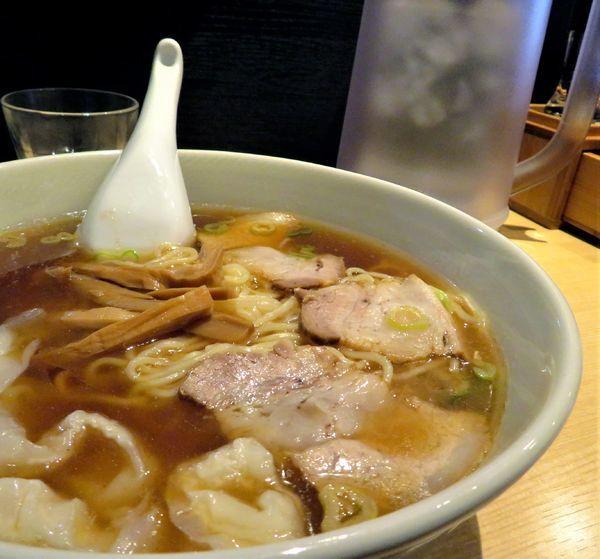「中華麺(小)+ワンタン(800円)」@笹塚 大勝軒の写真