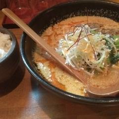 麺酒場 でめきんの写真