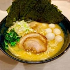 ゴル麺 横浜本店の写真