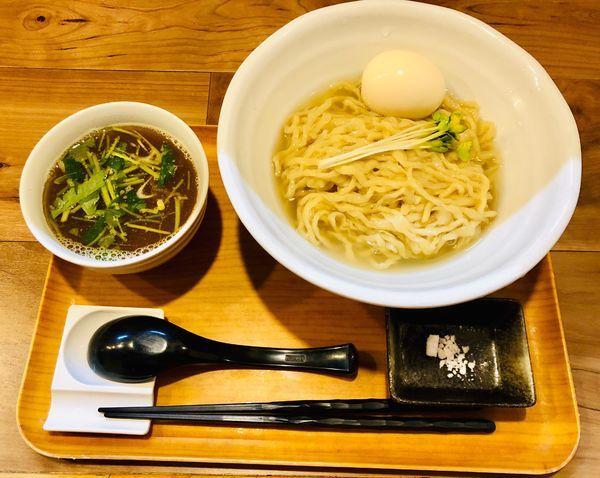 「限定 鯵煮干しつけ麺+味玉 手揉み麺ver」@ラーメン 健やかの写真