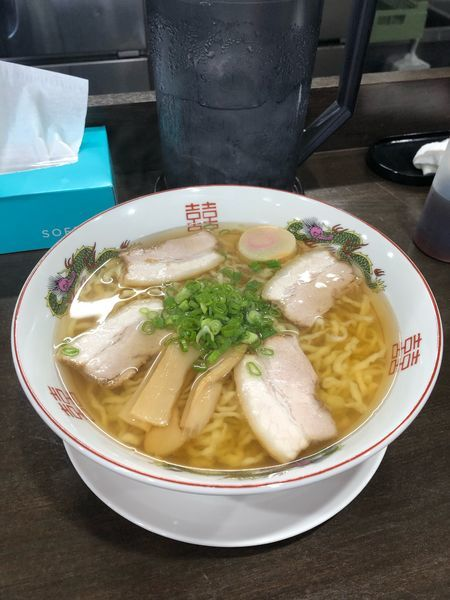 「中華そば 醤油 680円 大盛り100円」@自家製麺中華そば 番家の写真