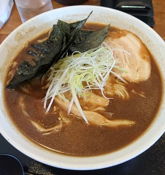 「中華そば大盛(細麺)+のり」@くりの木 加須店の写真