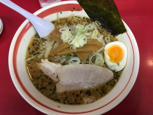 「味噌ラーメン+餃子」@えのけんラーメンの写真