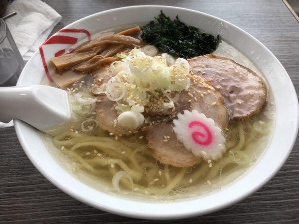 「しおチャーシュー麺 850円+大盛り150円」@佐野ラーメン いってつの写真