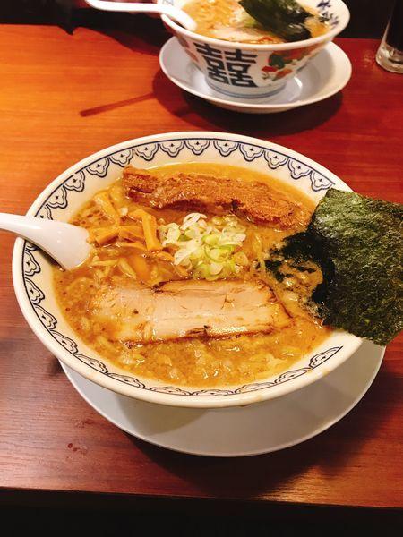 「角煮ばんから 大盛り」@東京豚骨拉麺 ばんから 新宿歌舞伎町支店の写真