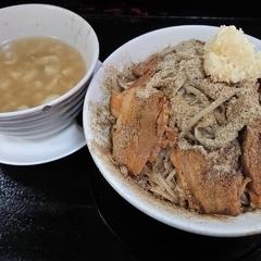 自家製太麺 ドカ盛 マッチョ 三ノ宮店の写真