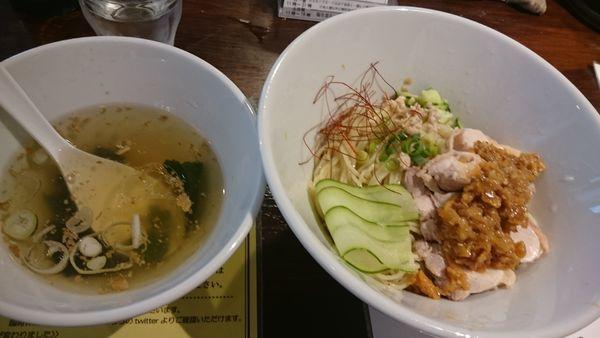 「冷たいヨダレ鶏麺(1,000円?)」@塩生姜らー麺専門店MANNISHの写真