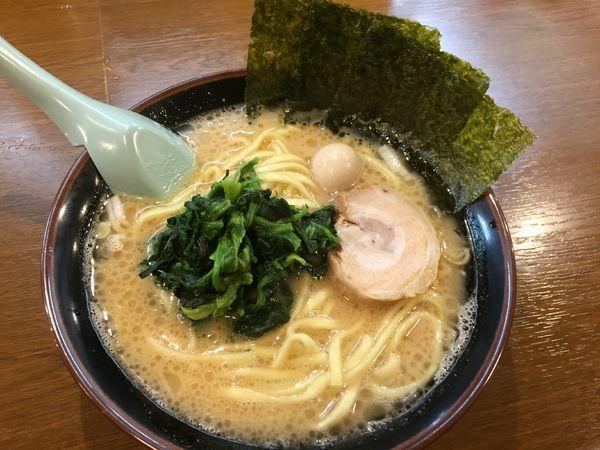 「ラーメン(並)¥680」@横浜家系ラーメンとりとんの写真