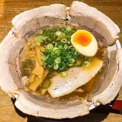 京都熟成細麺 らぁ~めん京 イオンモール大和郡山店