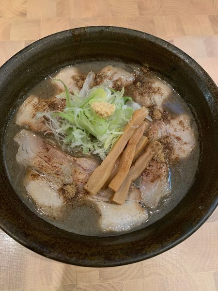 「でら煮干しラーメン」@にぼしらーめん88の写真