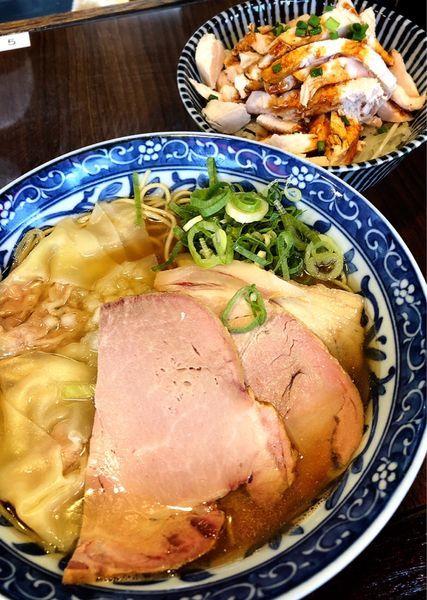 「煮干わんたん麺+鶏めし」@寿製麺よしかわ 保谷店の写真