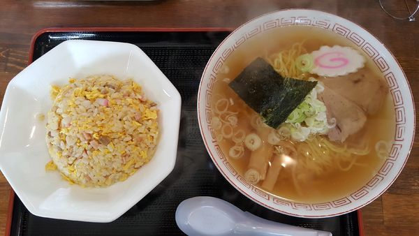 「Aランチ:ラーメン+半チャーハン」@丸宝食堂の写真
