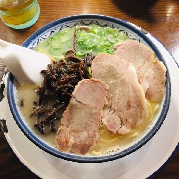 「ラーメン 麺少なめ 770」@博多ラーメン しばらく 日本橋店の写真