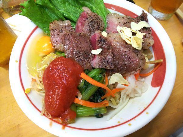 「手作り牛脂で和牛和え蕎麦トマトを添えてS 和牛増し増し」@MENYA 食い味の道有楽の写真
