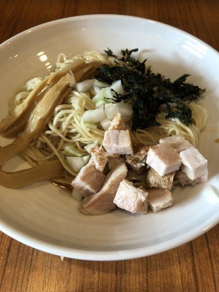 「煮干油のまぜ麺¥600+週末限定和え麺¥300」@麺&cafe Coi.Coi.の写真