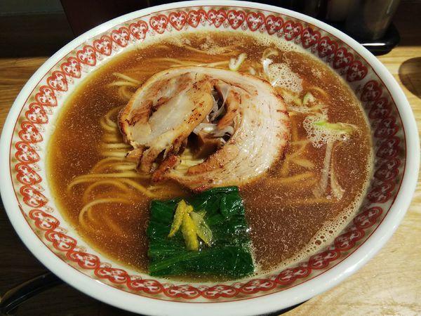 「【限定】煮干し醤油そば (大盛り:サービス券)」@麺肴 ひづきの写真