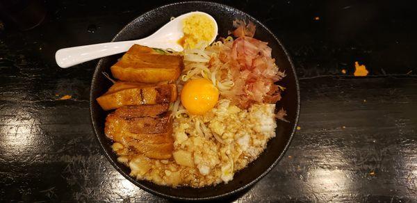 「混ぜそば 肉増し 背油 ニンニク」@麺屋 ちょこざいの写真