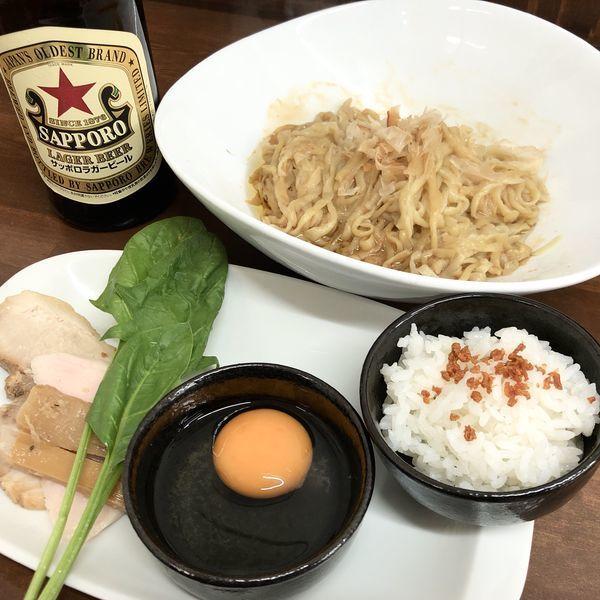 「【限定】地鶏鶏脂の油そば+瓶ビール」@4代目松屋食堂の写真