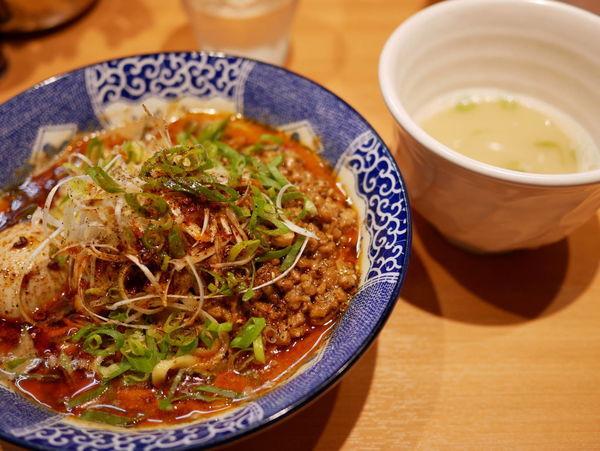 「汁なし担々麺」@中華そば 虎桜の写真
