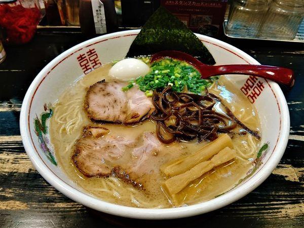 「特製博多ラーメン+大盛り+唐揚げセット+餃子」@ラーメン サカモトの写真